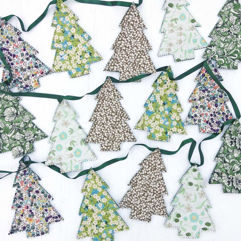 Liberty Christmas Tree Garland